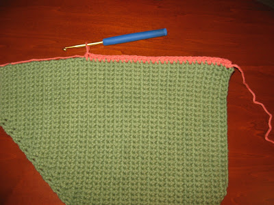 Crocheted Swirling Bag ~ A Picture Tutorial