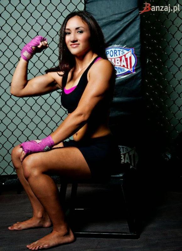 Female MMA - Carla Esparza