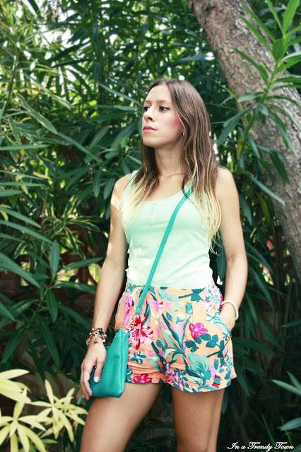 Outfit tropical shorts