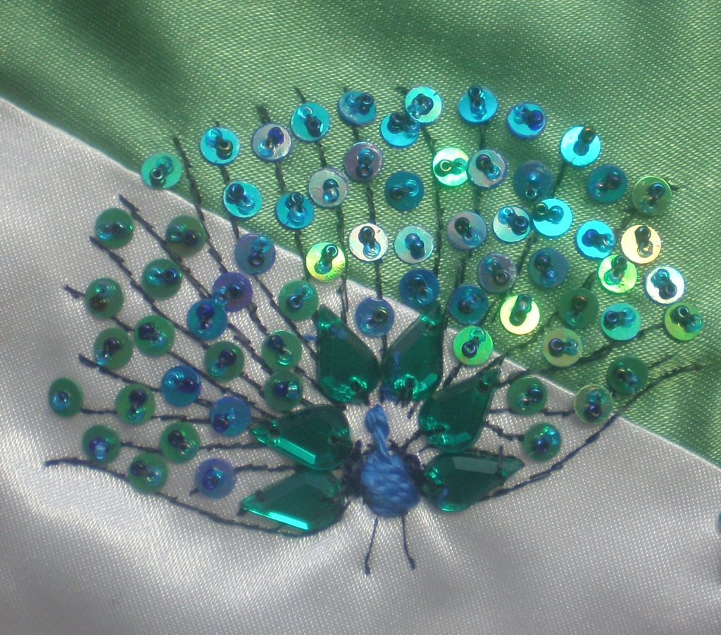 Diane 39 s decorating diary january 2012 for Peacock crafts for adults