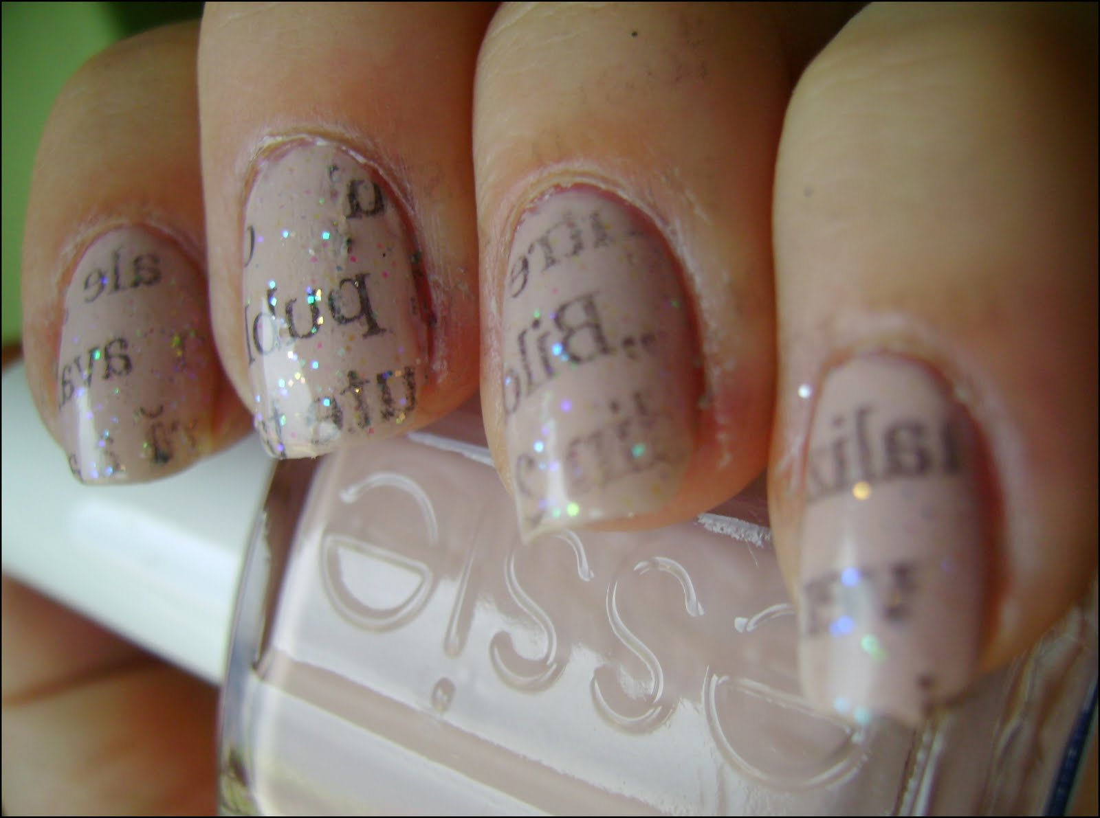 acrylic nail art designs: Newspaper nails - TUTORIAL