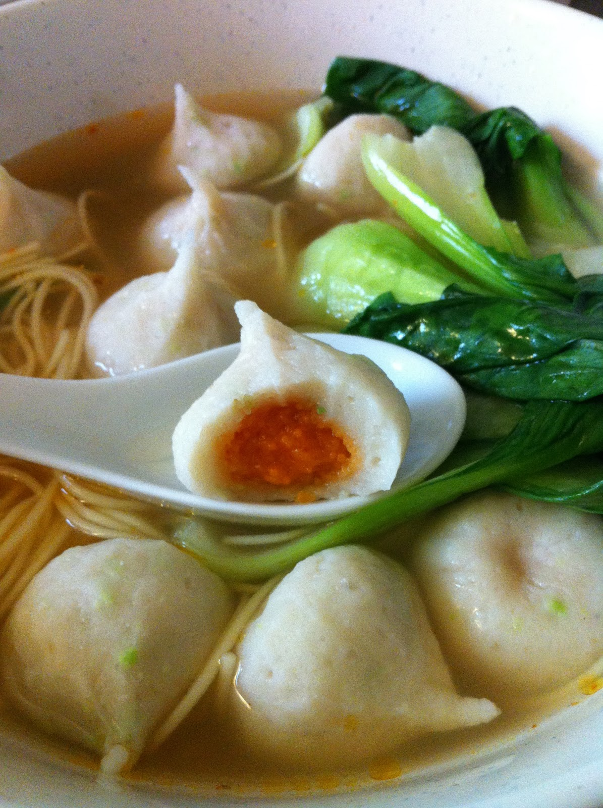 Ghetto fab gourmet fish ball with roe filling for Fish ball with roe