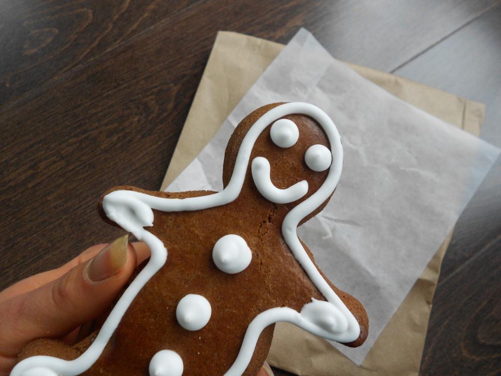 http://4.bp.blogspot.com/-iRtK4EOzWzw/TuqOLRSs1kI/AAAAAAAAUUM/D4DcI9Yh5Ek/s1600/GingerbreadMan_21_GlutenFreeCookie.JPG