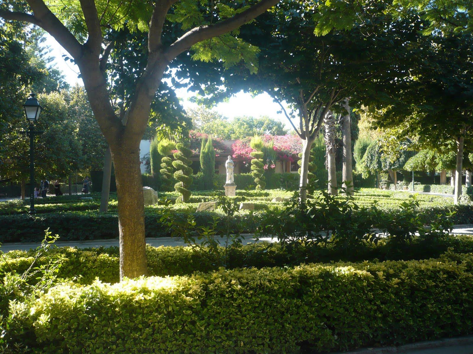 Descubriendo valencia jardines del real for Vivero el estanque