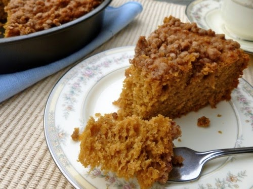 Low Fat Pumpkin Streusel Coffeecake