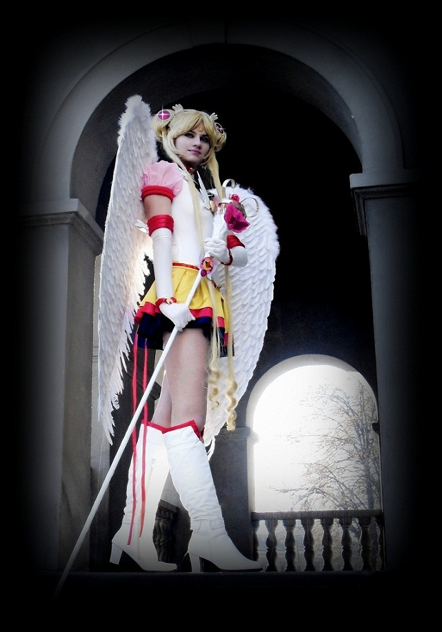 Pretty Soldier Sailor Moon por LoveSenshi