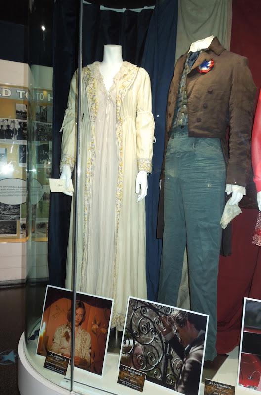 Cosette Marius Les Miserables movie costumes