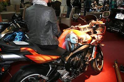 Salonul de Motociclete 2011