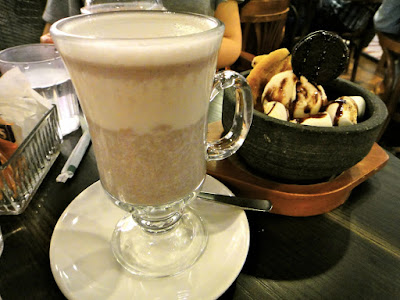 Hot Red Bean Drink at Dolce Tokyo Somerset 313