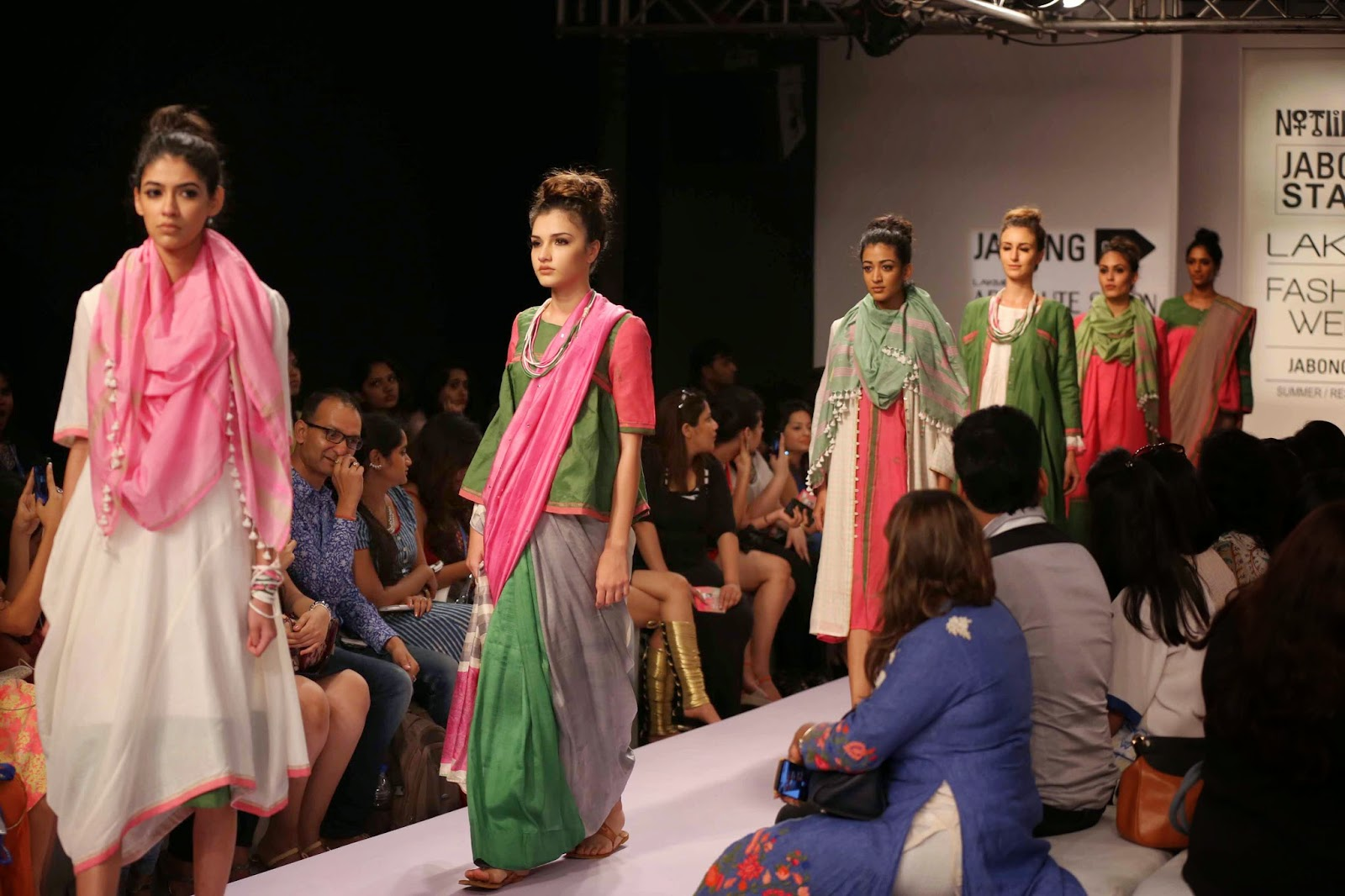 http://aquaintperspective.blogspot.in/, LIFW Day 2, Not like you