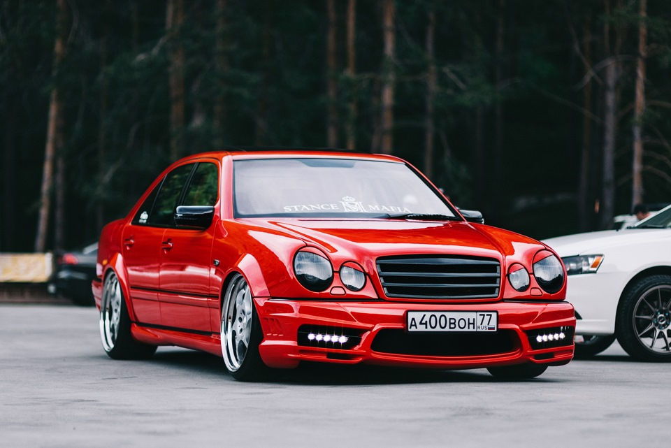 Mercedes benz w210 e55 amg on 20 kleemann ts 6 wheels for Mercedes benz amg kit