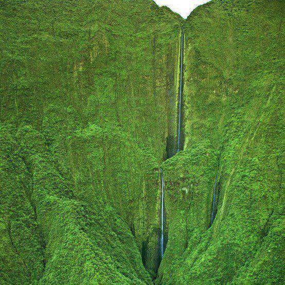 Honokohau Falls