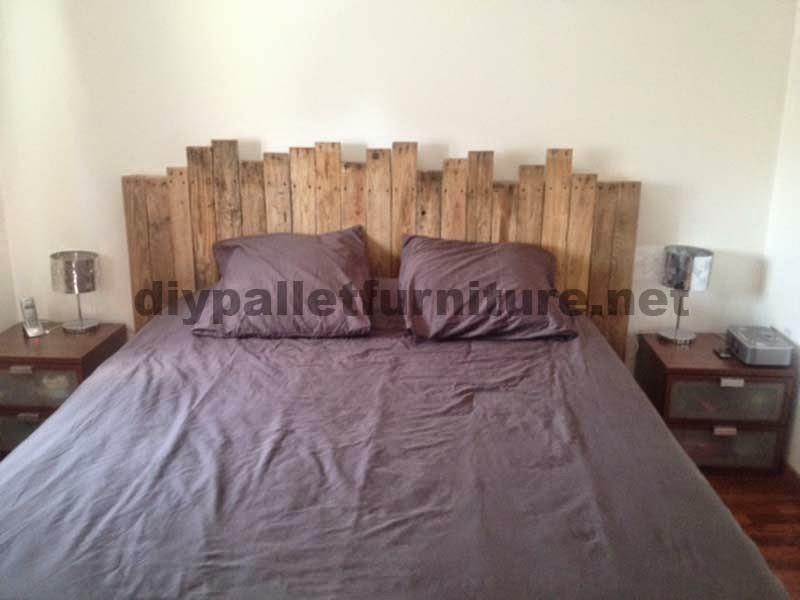 instrucciones para hacer un cabecero de cama con palets