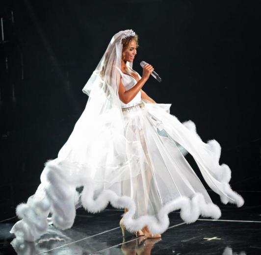 Beyonce wedding ring wedding plan ideas for Beyonce wedding dress pictures