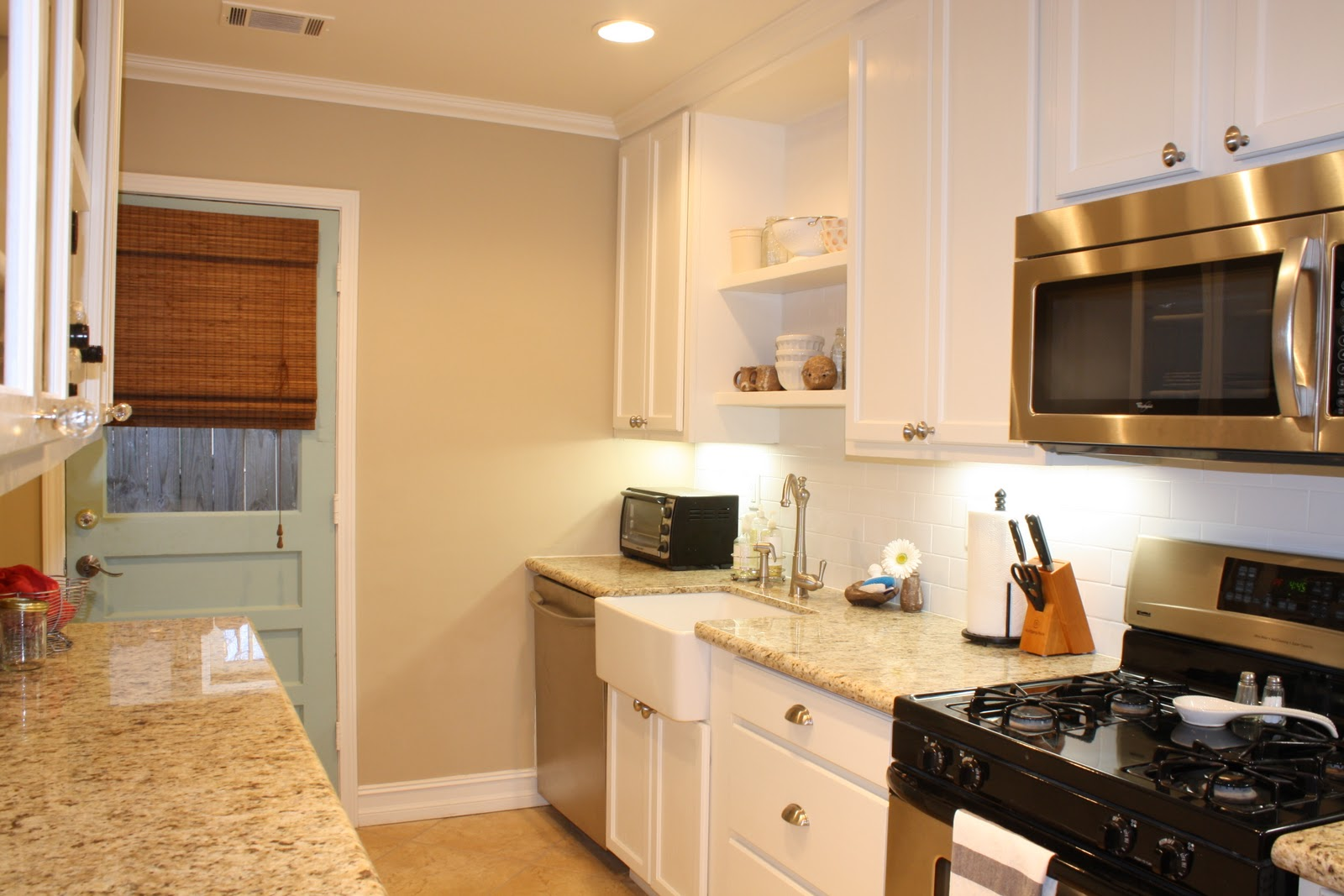 Beige Kitchen Walls