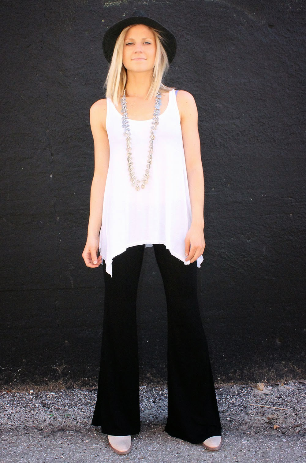 http://www.swankboutiqueonline.com/mars-bell-pant-in-black/