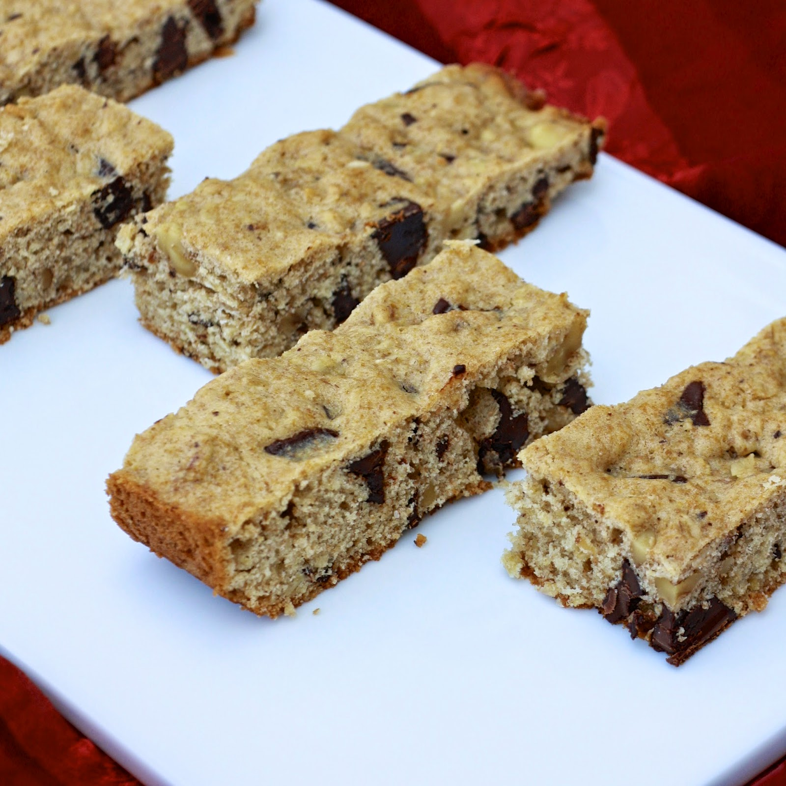 Dark Chocolate Oatmeal Bars | The Sweets Life