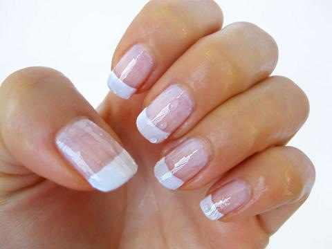 Healthy nails through regular visits to the nail salon