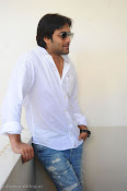 Telugu Hero Tarun latest Photo Shoot photos Stills Gallery-thumbnail-7