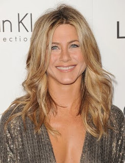 Holiday Hairstyles, Celebrities Holiday Hairstyles, Jennfier Aniston