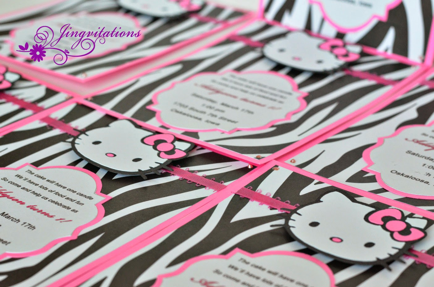 Jingvitations Hello Kitty Zebra Invitations