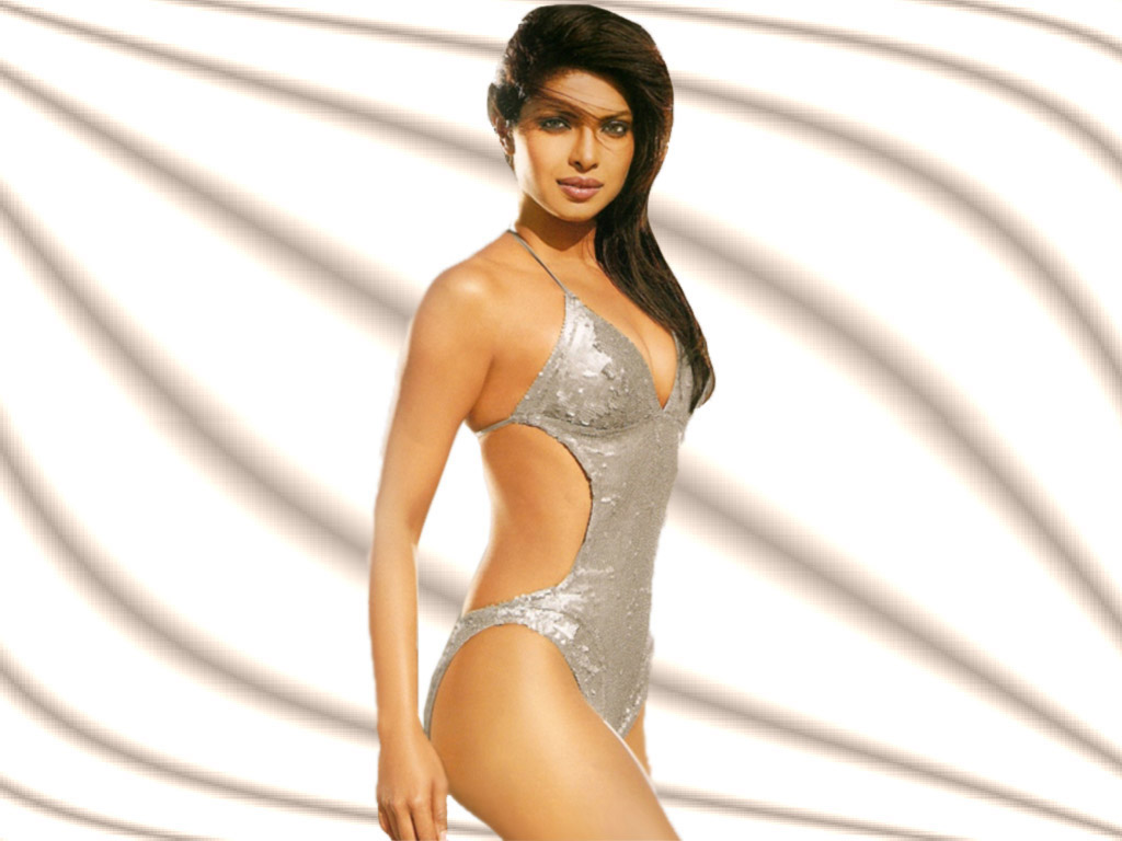 1 -  Priyanka Chopra Hot Photo Gallery