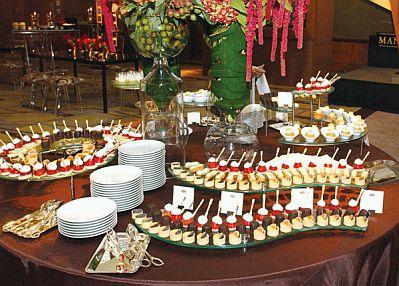 Decoracion de mesas para buffet presentacion y montaje - Decoracion buffet ...