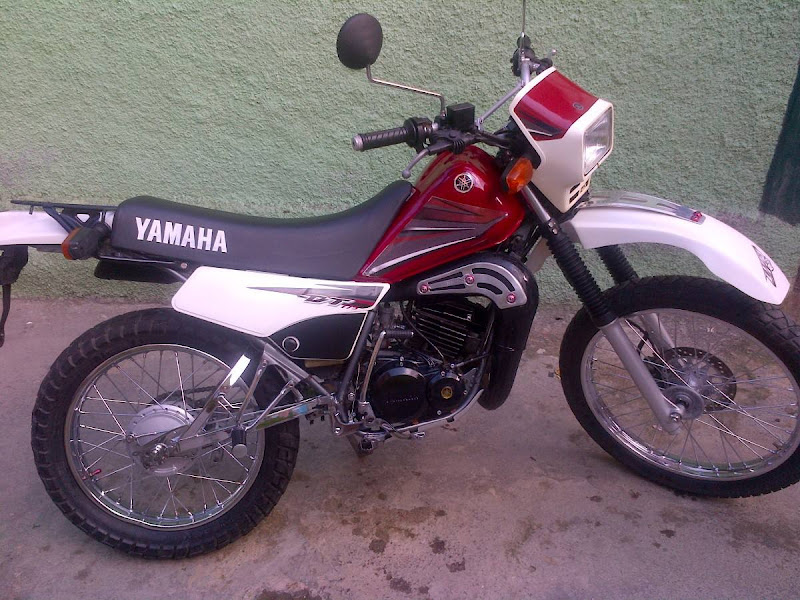YAMAHA DT 175 2004 title=