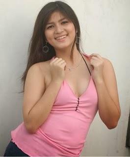 Intip dibalik Baju Pink Toket Gede Montok Tante Girang