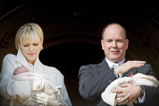 Prince Albert of Monaco and Princess Charlene of Monaco pose with Prince Jacques and Princess Gabriella on the Balcony of the Monaco Palace on January 7, 2015 in Monaco, Monaco