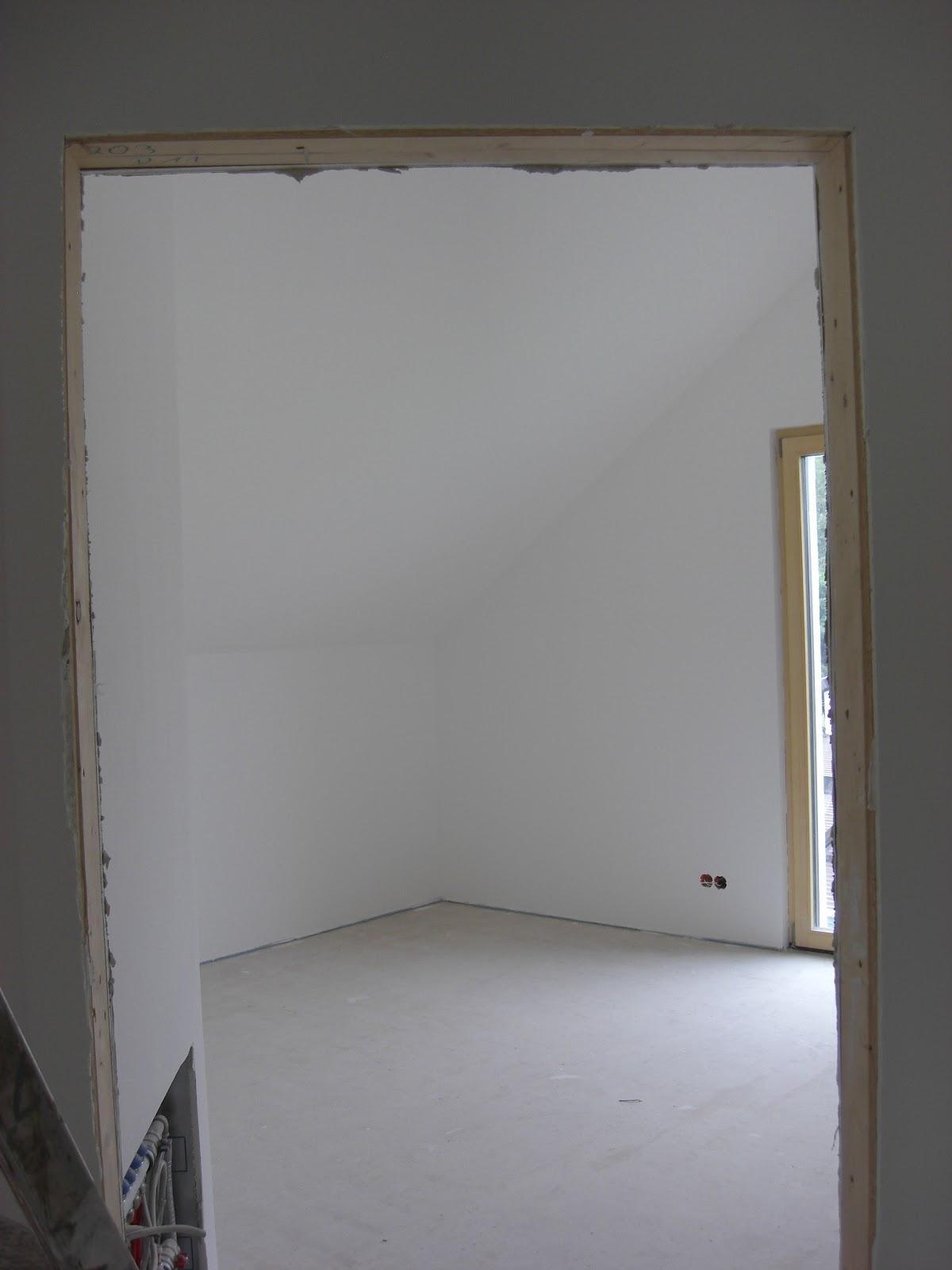 Hausnummer 49 malerarbeiten grundieren 2x streichen for Grundieren vor streichen