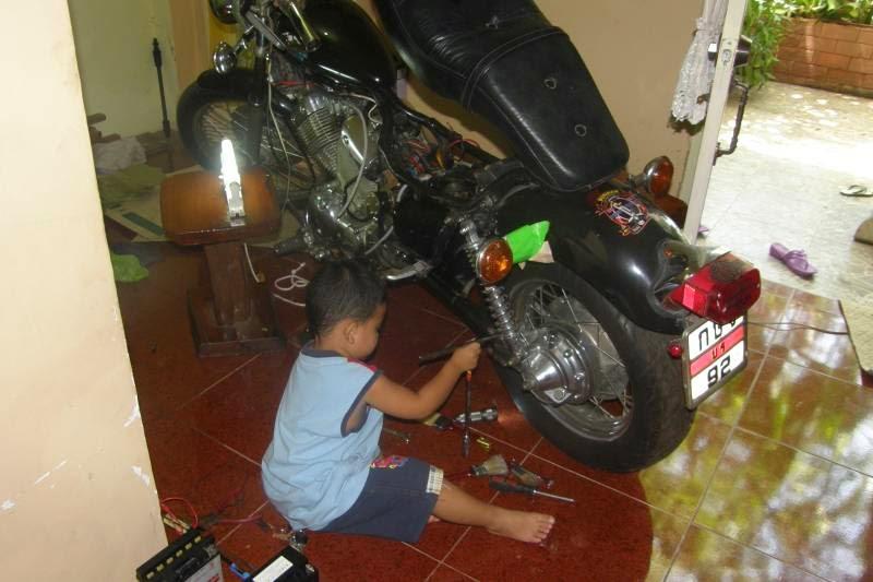virago xv400 parts pics and contacts yamaha virago xv400 and 535 rh yamaha viragoxv400 1983 blogspot com Yamaha Service Mamber 2003 Yamaha 650 V Star Service Manuals