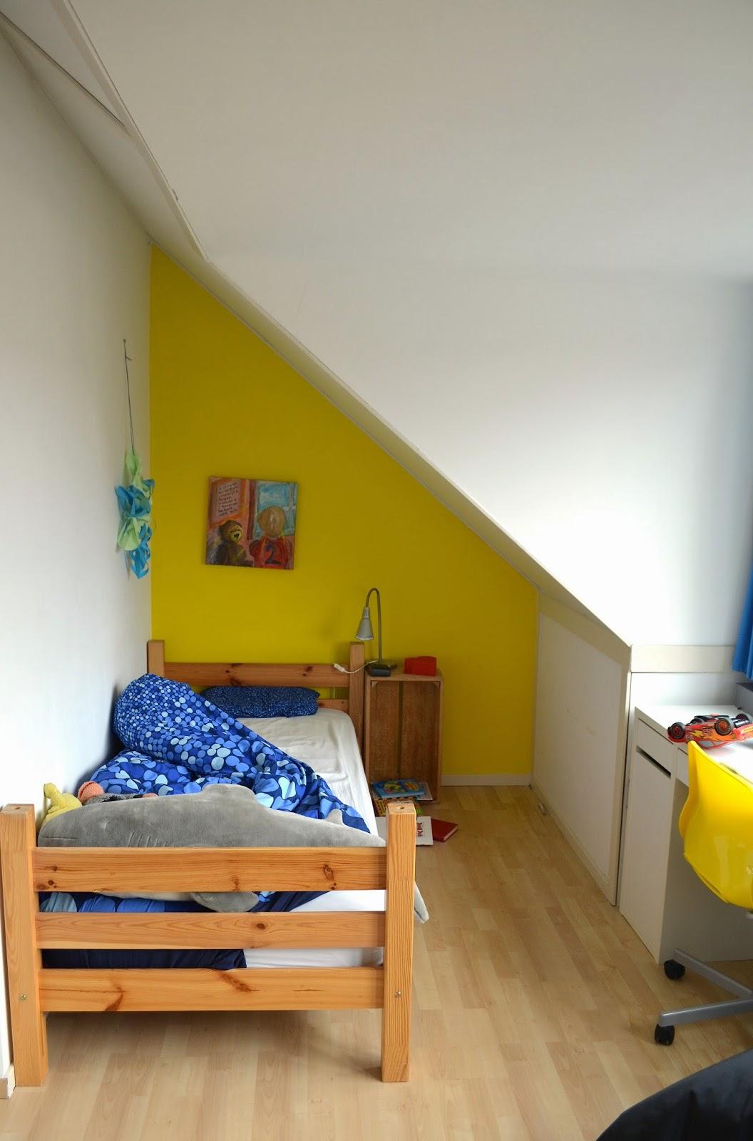 L o e p kunstverzamelaar en gelukszoeker op stadseiland - Furbishing een kamer op de zolder ...