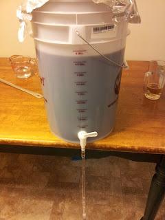 bottling bucket and tube