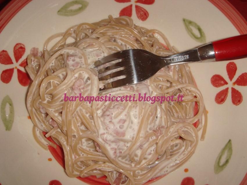 I barba pasticcetti spaghettiamo con due diversi condimenti - Diversi tipi di barba ...