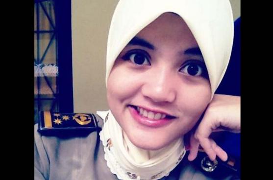 lurah cantik, Nurmala Abdul Hamid Rahmola | liataja.com