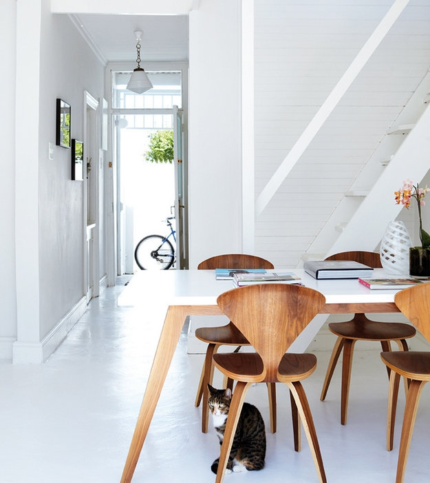 Lille Lykke: The Sun Shines In This House