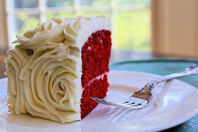 Kentucky Derby Red Velvet Cake | DerbyMe.com