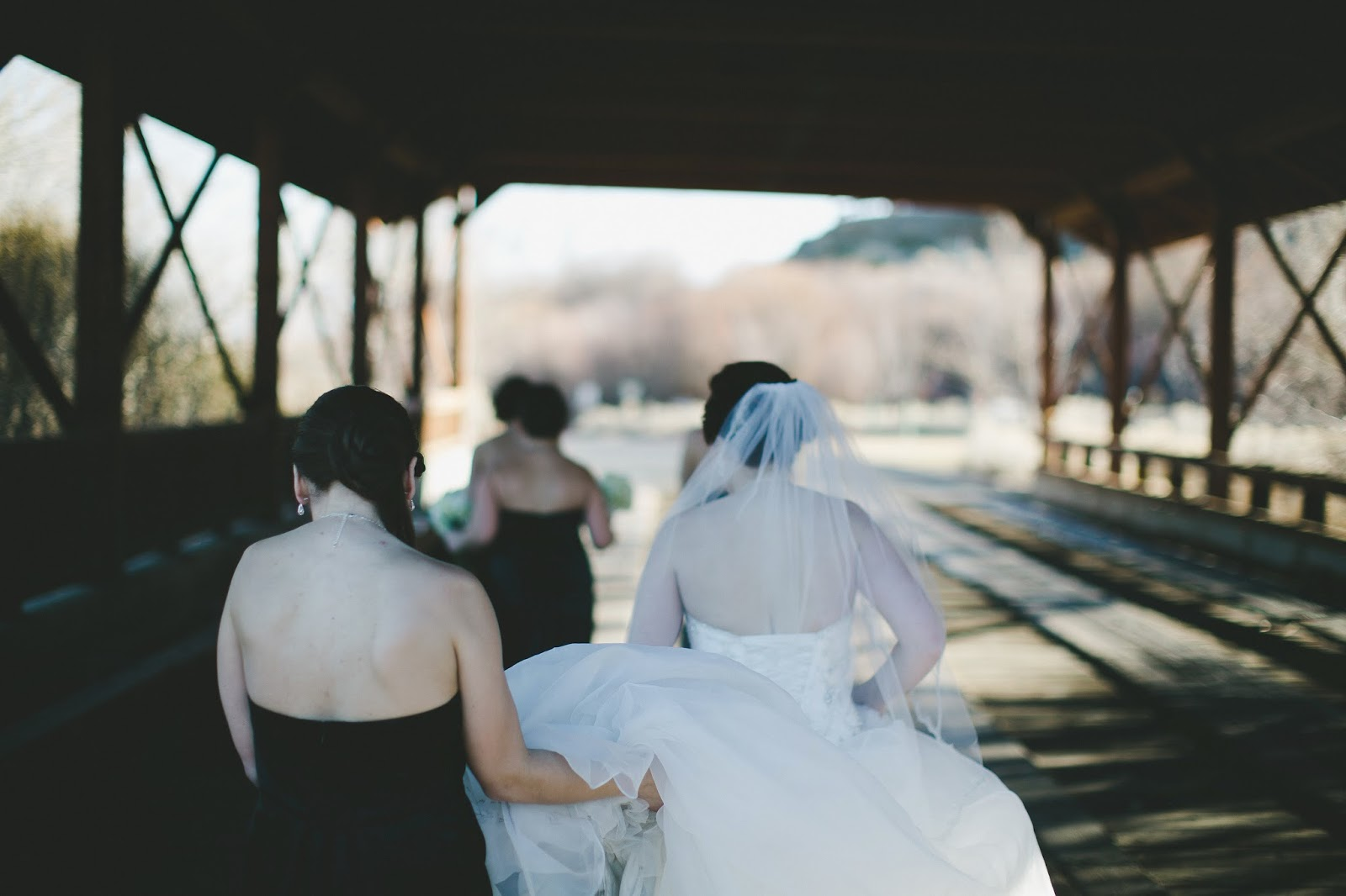 Bartley Ranch Covered Bridge Wedding Photo // Bethany Carlson Photography // Take the Cake Event Planning