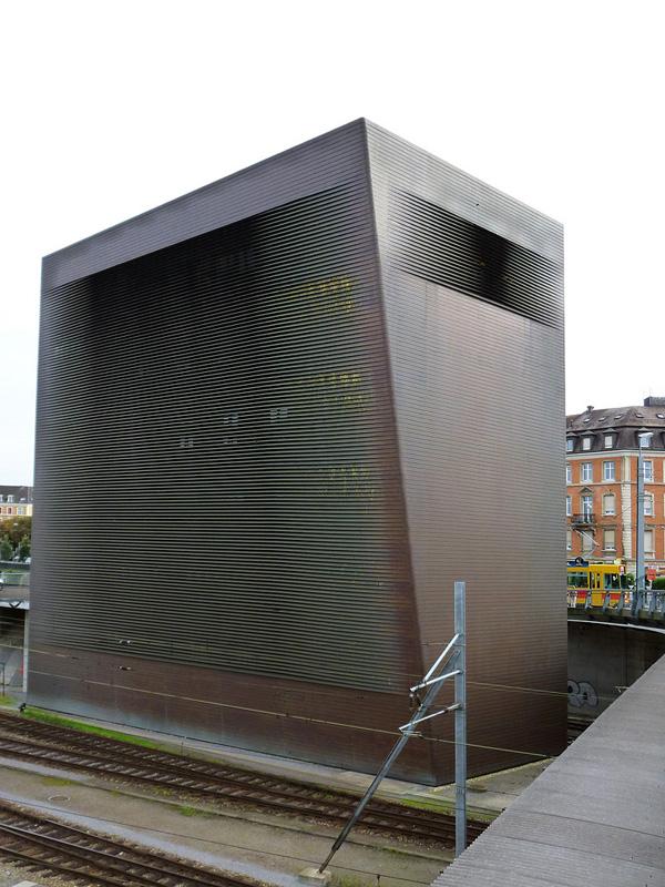 architecture framed central signal box 1999. Black Bedroom Furniture Sets. Home Design Ideas