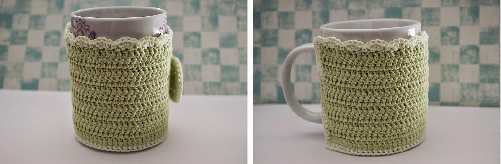 Funda verde de ganchillo para taza