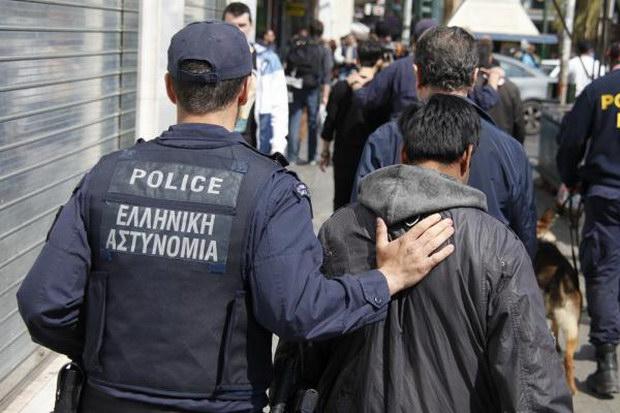 Αυξήθηκε ο αριθμός των συλληφθέντων μεταναστών στον Έβρο
