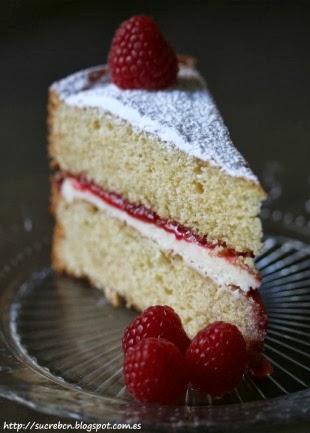 receta victoria sponge cake, recepta victoria sponge cake, tarta victoria sponge, pastel victoria sponge, bizcocho victoria sponge, bescuit victoria sponge, pastís victoria sponge, tarta de cumpleaños, pastís d'aniversari, pastis de cumpleanys, bizcocho de frambuesa, pastel de frambuesa, tarta de frambuesa, pastís de gerds, bescuit de gerds, tarta fácil, pastel fácil, bizcocho fácil, pastís fácil, bescuit fácil, bizcocho muy esponjoso, pastel muy esponjoso, pastís molt esponjós, bescuit molt esponjós, bizcocho para rellenar, tarta para rellenar, pastel para rellenar, pastís per farcir, bescuit per farcir, bizcocho rápido, pastel rápido, tarta rápida, pastís ràpid, bescuit ràpid