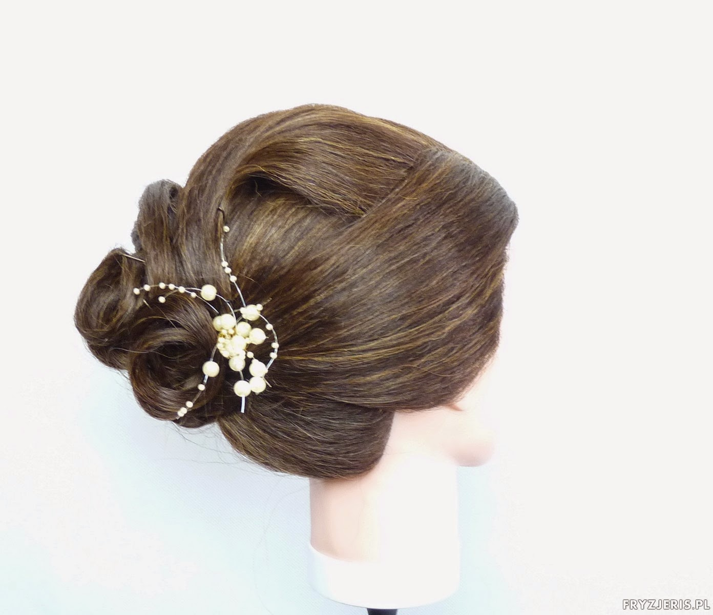 fryzura okazjonalna