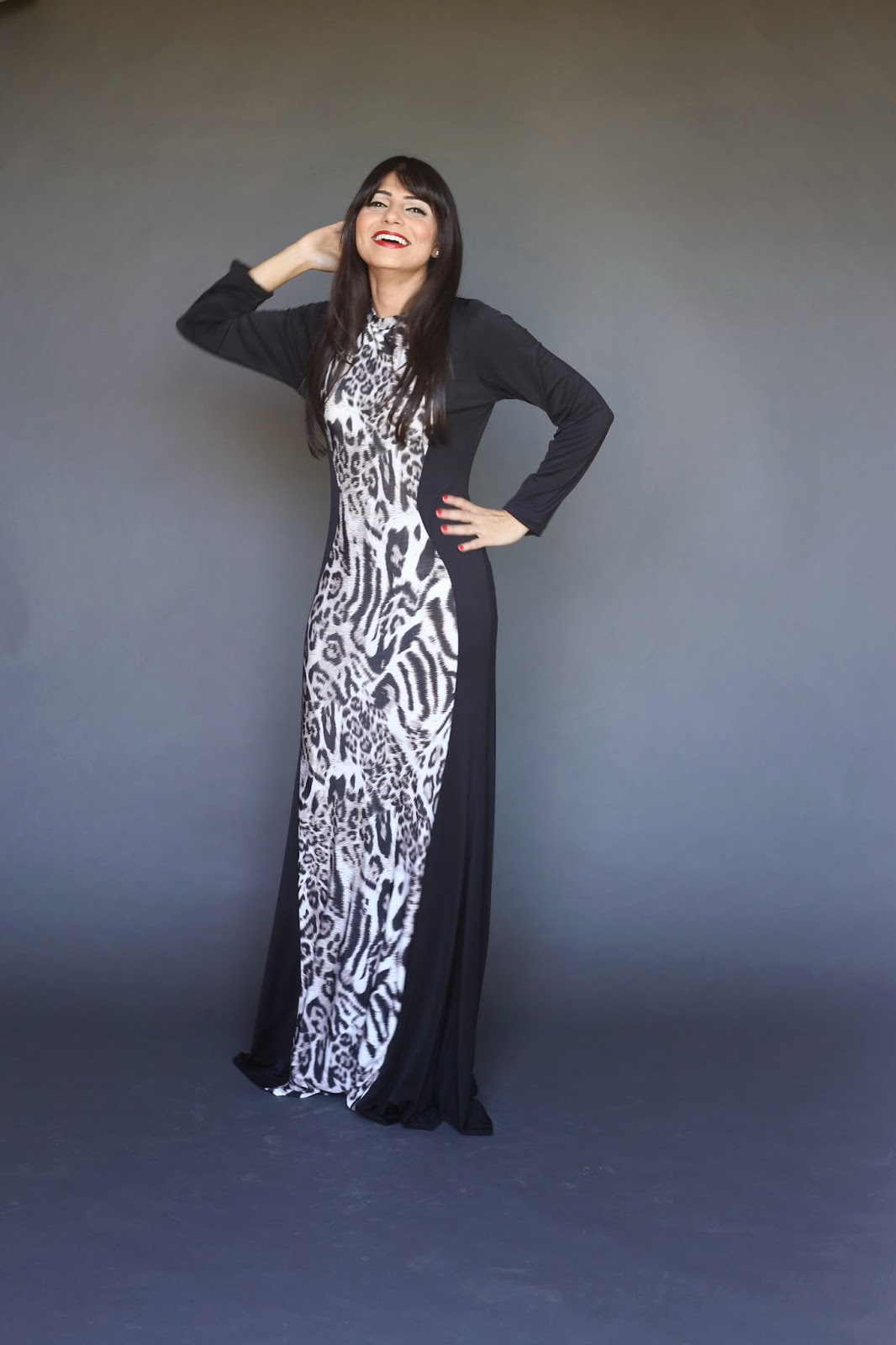 Sexy modest long sleeve maxi dress with center leopard print panel hijab tznius fashion style Mode-sty