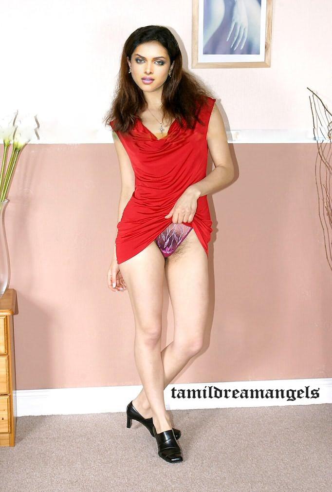 Deepika Padukone Fully Nude