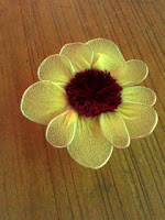 http://anu-rainydrops.blogspot.com/2015/08/hand-made-flower-2-stocking-sunflower.html
