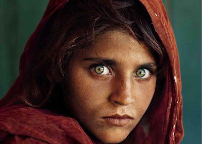 Gadis bermata hijau: the afghan girl