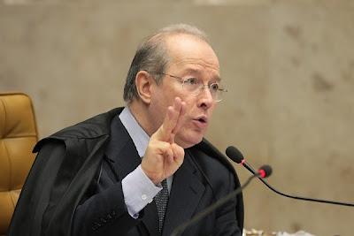 Ministro Celso de Mello - Um Asno