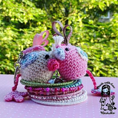 crochet bird pendant